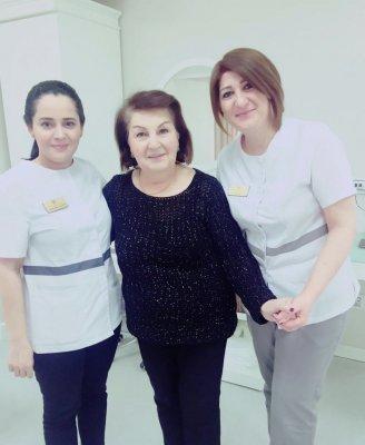 Azərbaycan Respublikasının Xalq Artisti, əfsanəvi televiziya aparıcısı Ofelya Sənani ilə birlikdə
